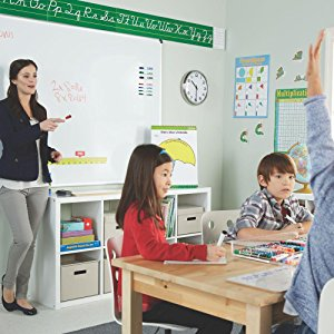<b> Keep the Classroom Engaged </b></br> Getting an entire classroom to pay attention is no easy task! Luckily bold and reliable Expo dry erase markers are here to lend you a helping hand. Whether you're going over a lesson or facilitating group work, these whiteboard markers ensure everything is clear and easy to read.